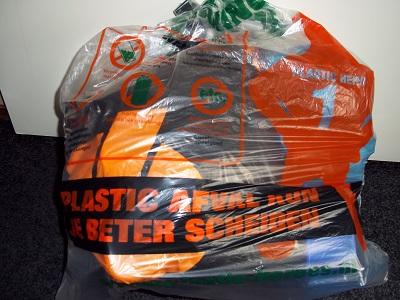 Dora plastic afval klein