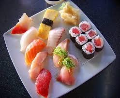 schaal japanse sushi's