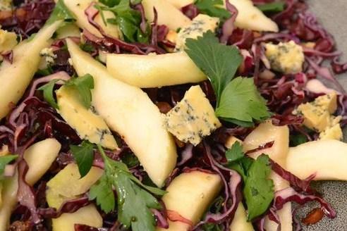 rode kool salade blauwe kaas
