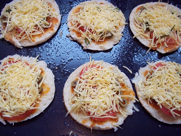 Dora pita pizza 2