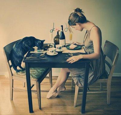 dora-alleen-eten