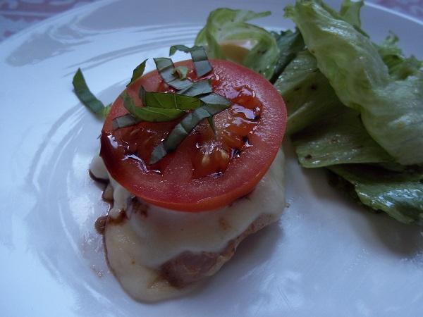 dora-kip-met-mozzarella-en-tomaat-2