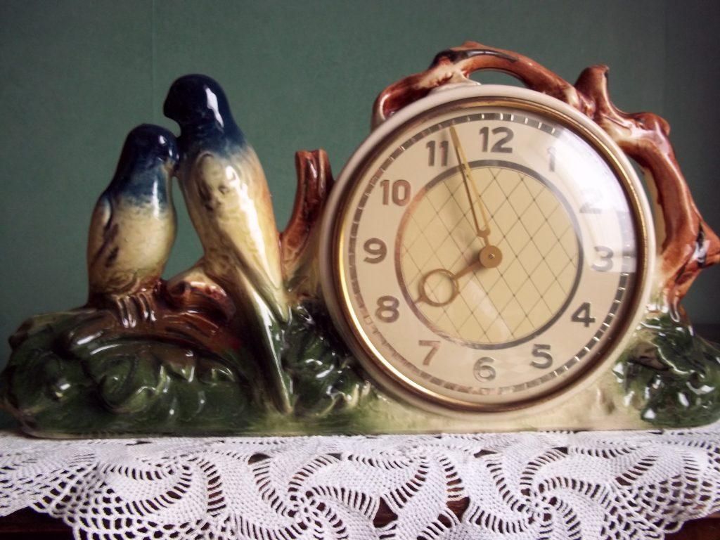 dora-wijsheden-klok-met-vogeltjes